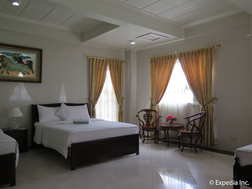https://i.travelapi.com/hotels/12000000/11980000/11975100/11975080/7cc1109c_z.jpg