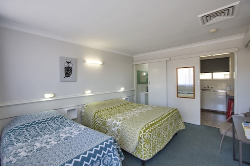 Motabelle Holiday Units, Tamworth Regional - Pt A