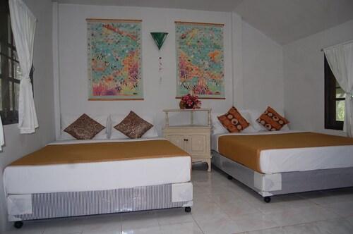 Lay Trang Resort, Sikao