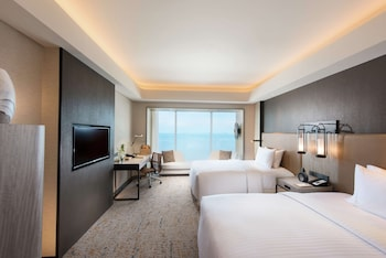 Executive Room, 2 Twin Beds, Bay View