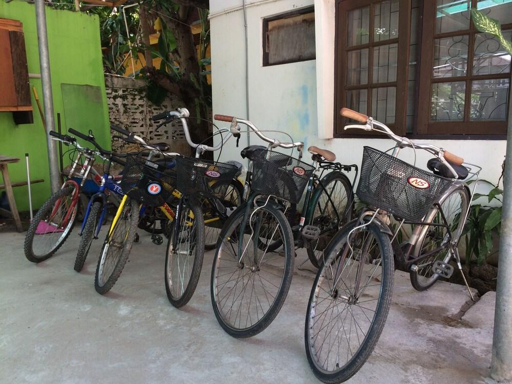 トレッカー キャンプ チェンマイ - ホステル
