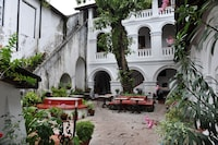 The Old Courtyard Hotel