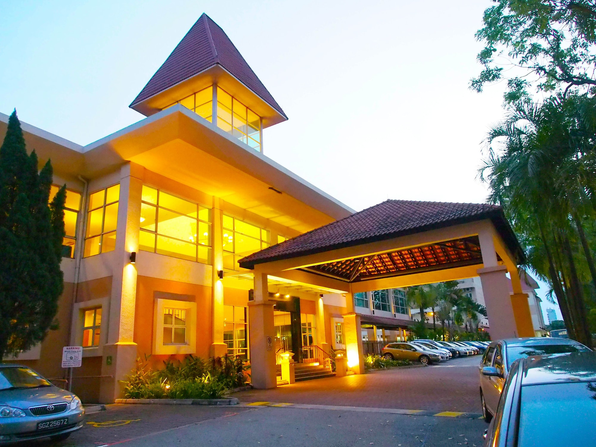 Arena Country Club, Jurong West