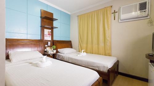 One Lourdes Dormitel, Iloilo City