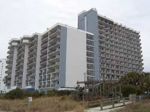 Bluewater Resort by Elliott Beach Rentals, Horry