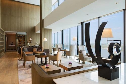 . Renaissance Suzhou Wujiang Hotel