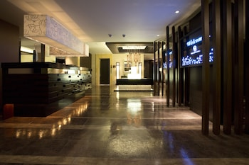 HOTEL AND SPA LOTUS MODERN – ADULTS ONLY Lobby