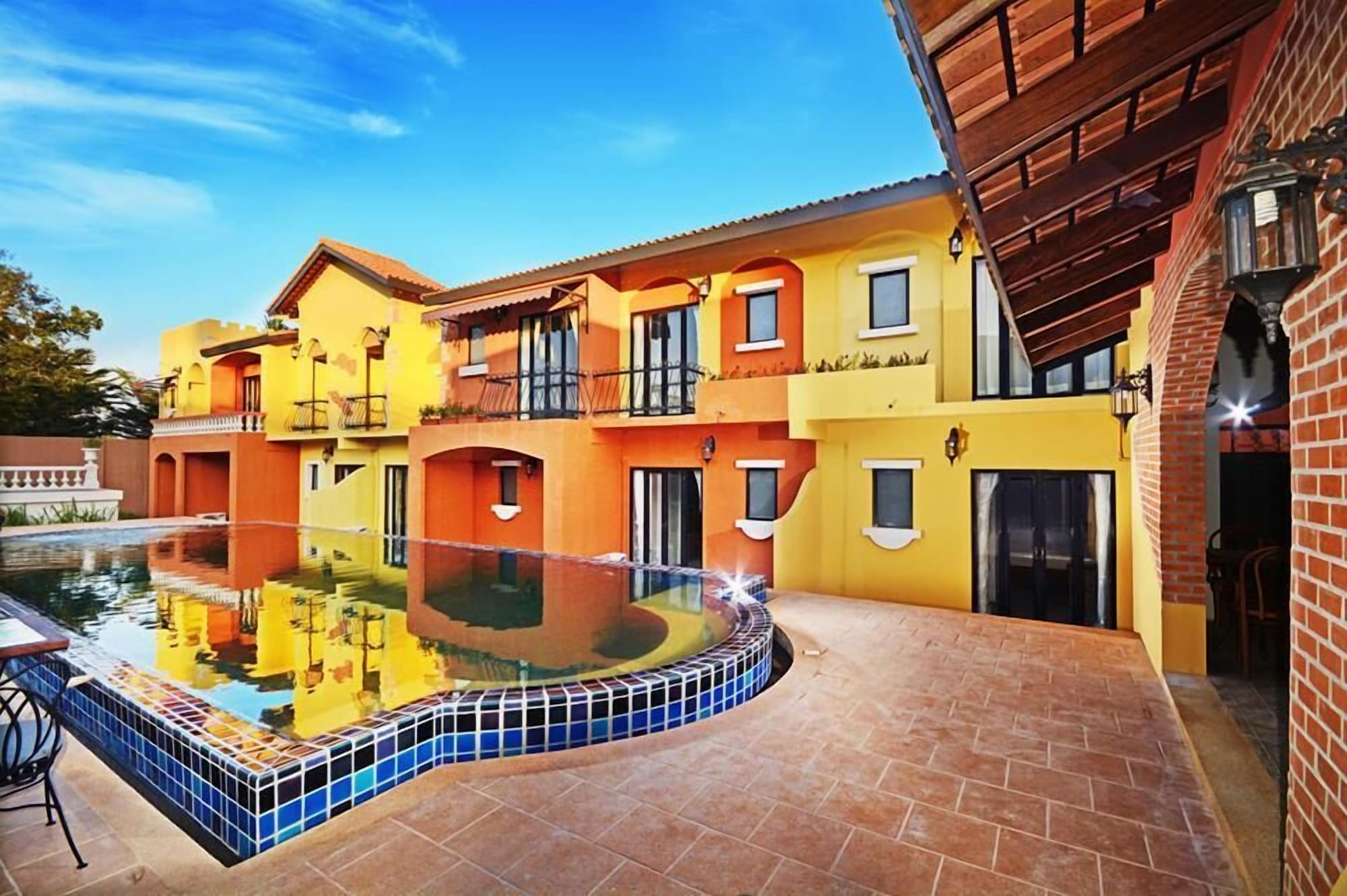 Hotel Toscana Trad, Muang Trat
