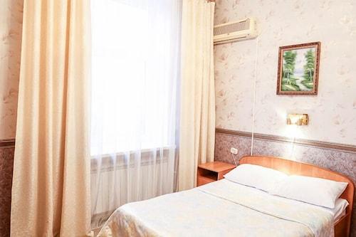 Volna Hotel, Samara