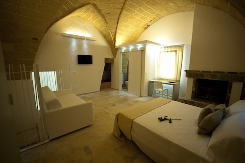 TS Residence, Lecce