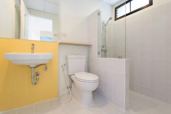 Hop Inn Nakhon Ratchasima - Bathroom  - #0