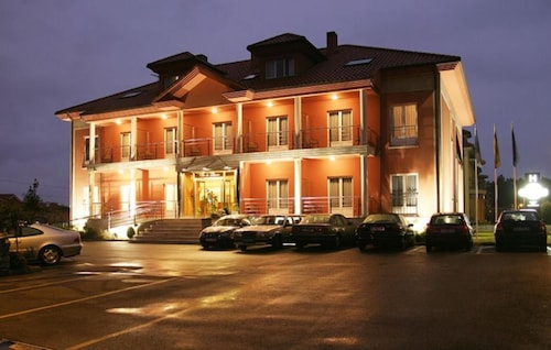 __{offers.Best_flights}__ Hotel Villa de Llanes
