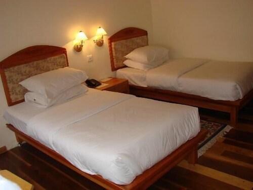 Hotel Phuntsho Pelri, Chang