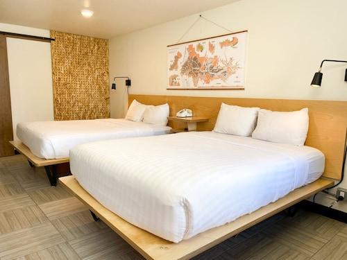 . Hotel Corvallis