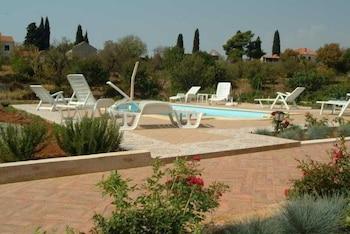 Hotel - Villa Darrer