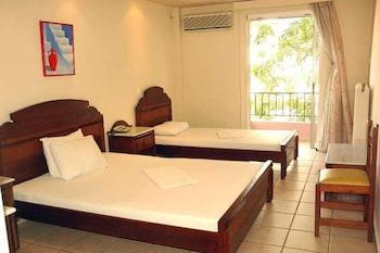 Hotel - Byron Hotel