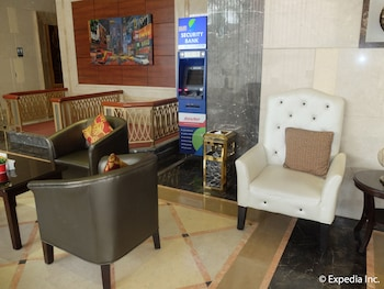 Central Park Tower Resort Angeles Lobby Sitting Area