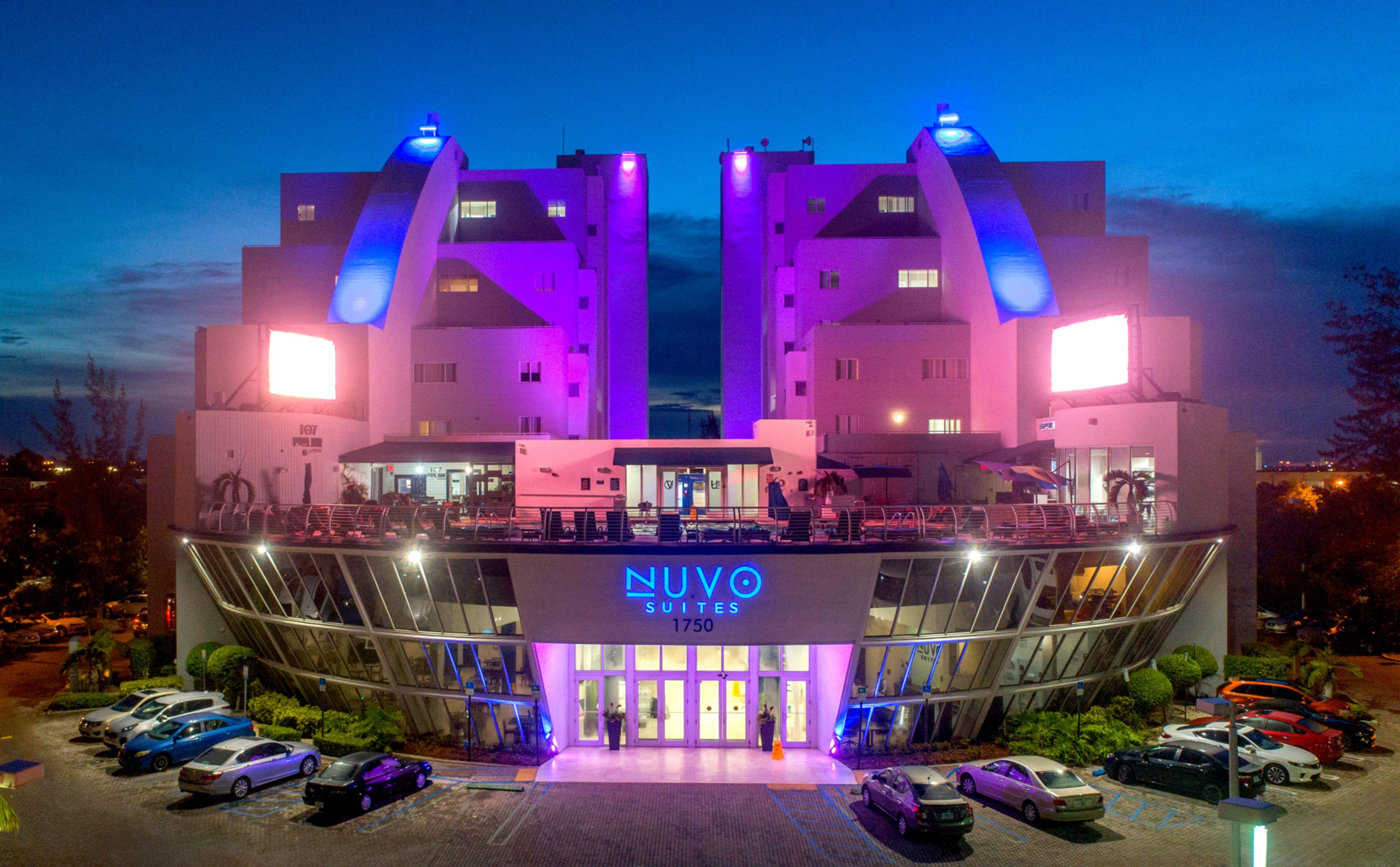 Nuvo Suites Miami Airport West/doral