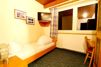 Double Room, Balcony, Mountain View