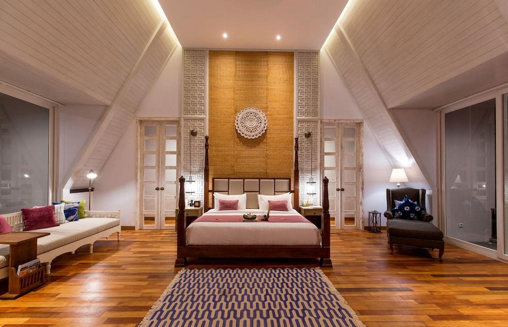 https://i.travelapi.com/hotels/13000000/12240000/12232600/12232583/243e5eef_z.jpg