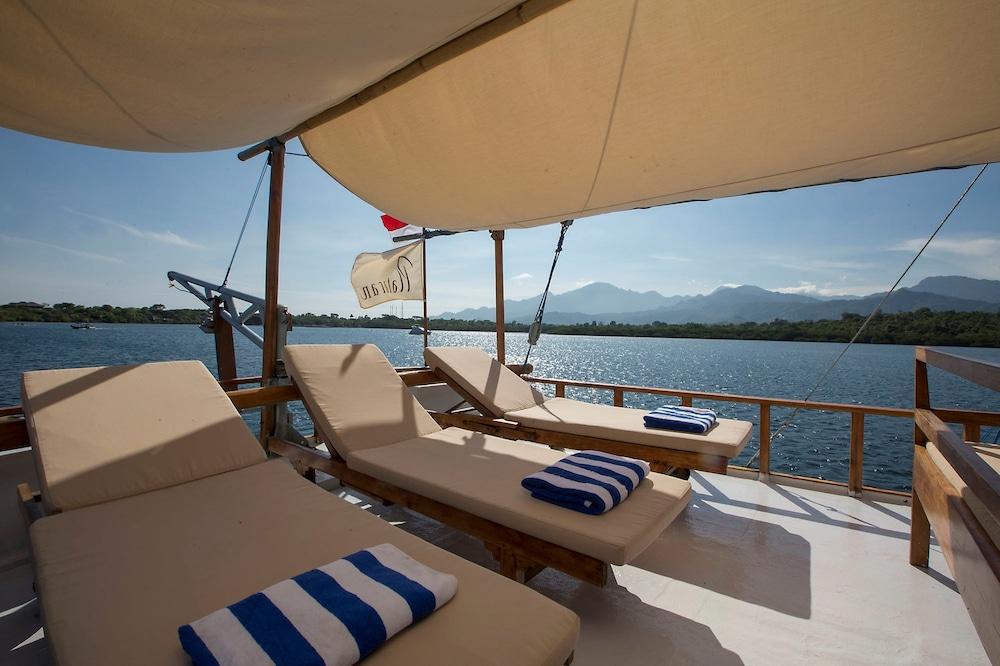 https://i.travelapi.com/hotels/13000000/12240000/12232600/12232583/4c515a52_z.jpg