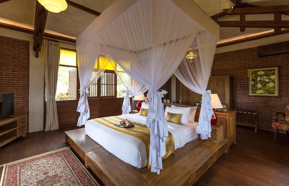 https://i.travelapi.com/hotels/13000000/12240000/12232600/12232583/c22ba0ff_z.jpg