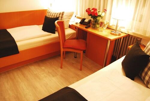 Hotel Am Martinsberg, Mayen-Koblenz