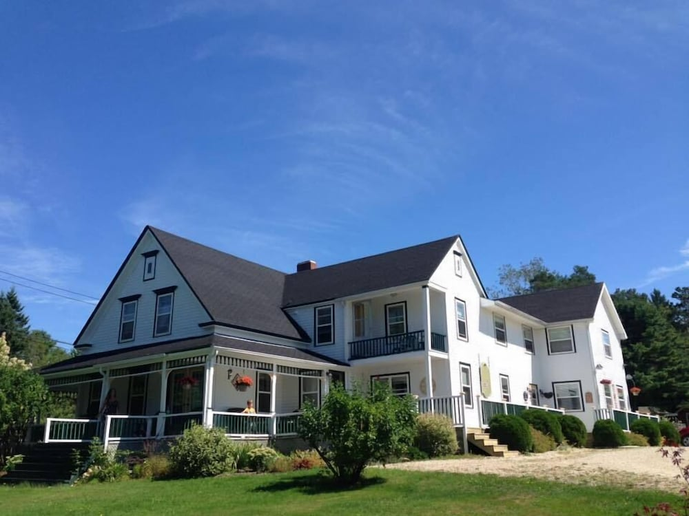 Book Anchorage House and Cottages at