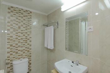 University Hotel - Bathroom  - #0
