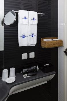 HOTEL UNIZO TOKYO GINZA-ITCHOME Bathroom Amenities