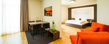 Hotel - sevenDays Hotel BoardingHouse