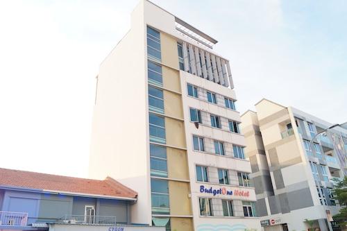 OYO 102 Budgetone Hotel, Geylang