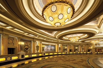 Caesars Suites at Caesars Palace Image