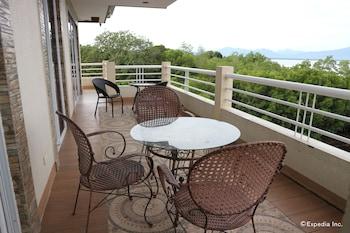 Villa de Sierra Vista Palawan Balcony