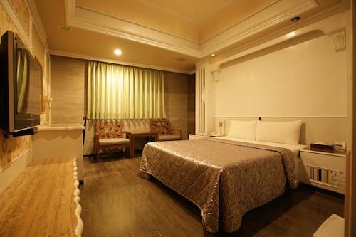 Taoyuan Hua Yue Hotel, Taoyuan