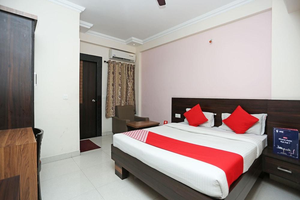 OYO 1144 Hotel Royal Sun palace