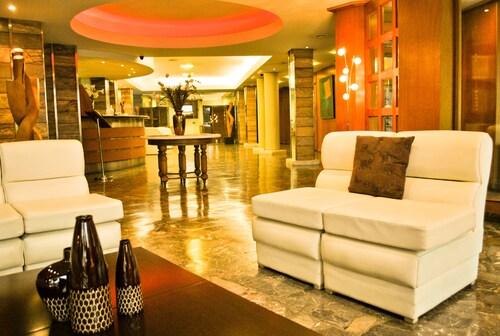 . Hotel Mayoral