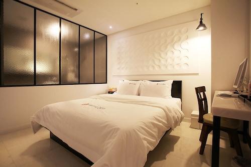 Hotel Yein, Hwaseong