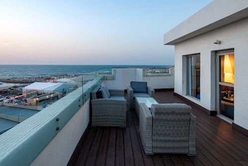 Tel Awiw - Port and Blue TLV Boutique Suites Hotel - z Poznania, 1 maja 2021, 3 noce