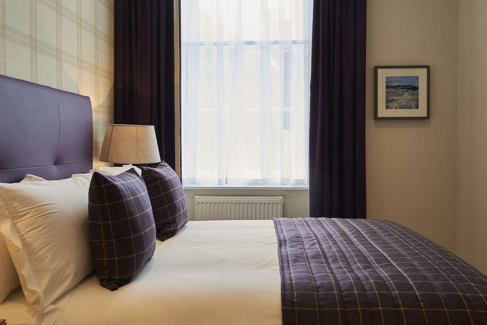 Braid Apartments by Mansley, Edinburgh