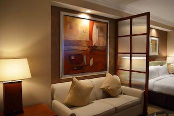 Guestroom at 888 Signature Suites Collection at Signature Condo Hotel in Las Vegas