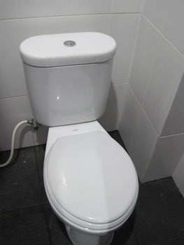 Budhi Hotel - Bathroom  - #0