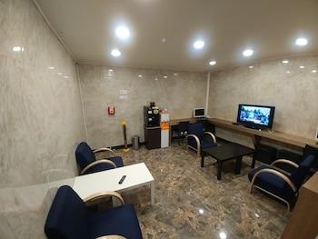I.Y ホテル