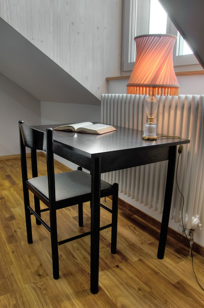 デポ 195 - ホステル ヴィンタートゥール