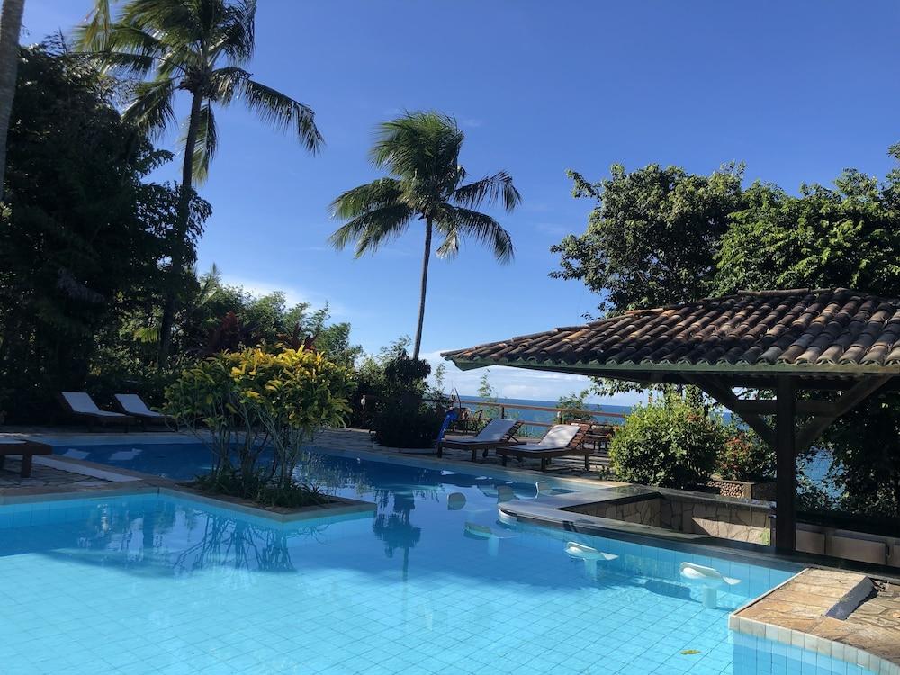 https://i.travelapi.com/hotels/13000000/12310000/12309800/12309748/7ebd199c_z.jpg