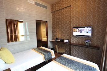 Deluxe Hillview Twin Room