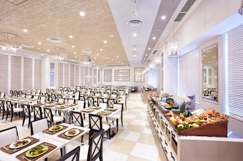 THE PARK FRONT HOTEL AT UNIVERSAL STUDIOS JAPAN Restaurant