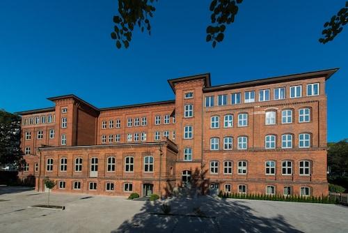 Hotel Volksschule, Hamburg