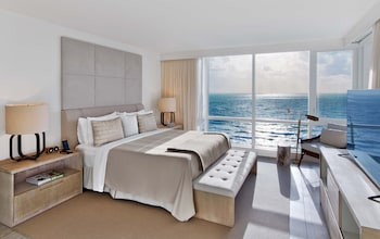 Two Bedroom Homes Ocean View with Balcony