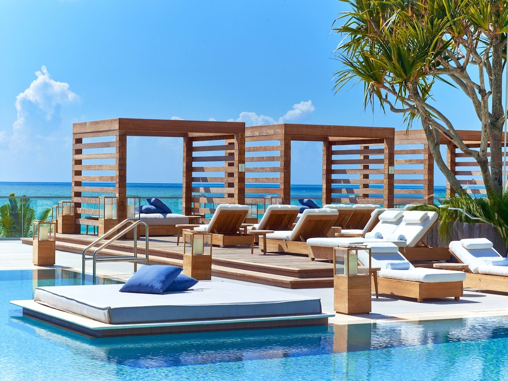 South Beach Hotels >> The Retreat Collection At 1 Hotel South Beach Classic